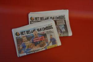 Kranten in wachtzaal Tandartsen Klaverblad Lummen